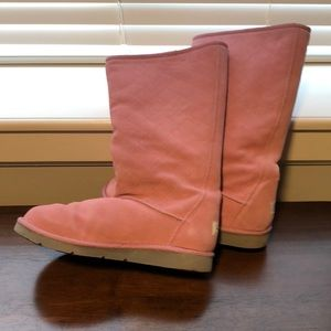 Ugg pink quilted winter boots